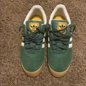 Size 8.5 Adidas shoes in great condition